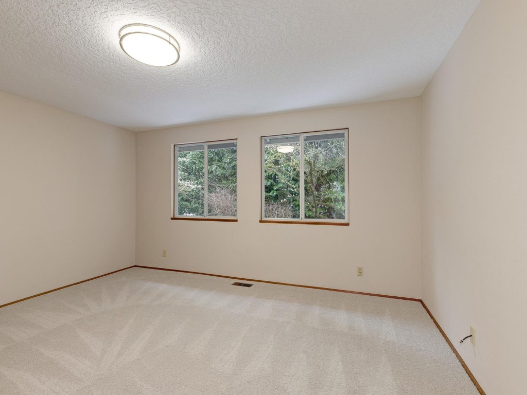 7425 SW Canyon Dr Portland OR-016-14-Bedroom 2-MLS_Size
