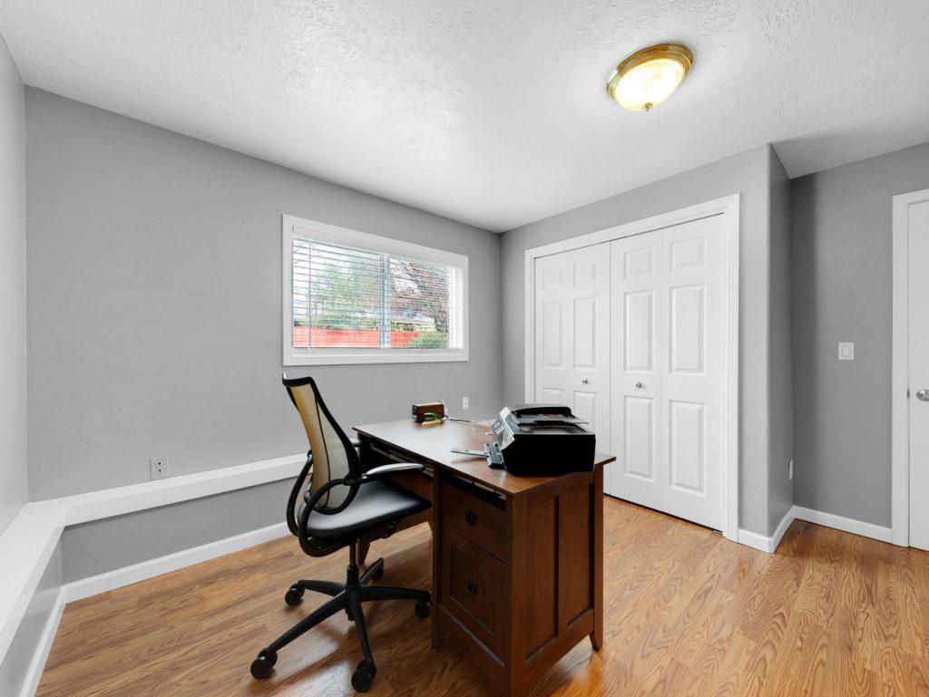 1672 NE 12th Ave Hillsboro OR-large-020-20-Bedroom 4-1331x1000-72dpi