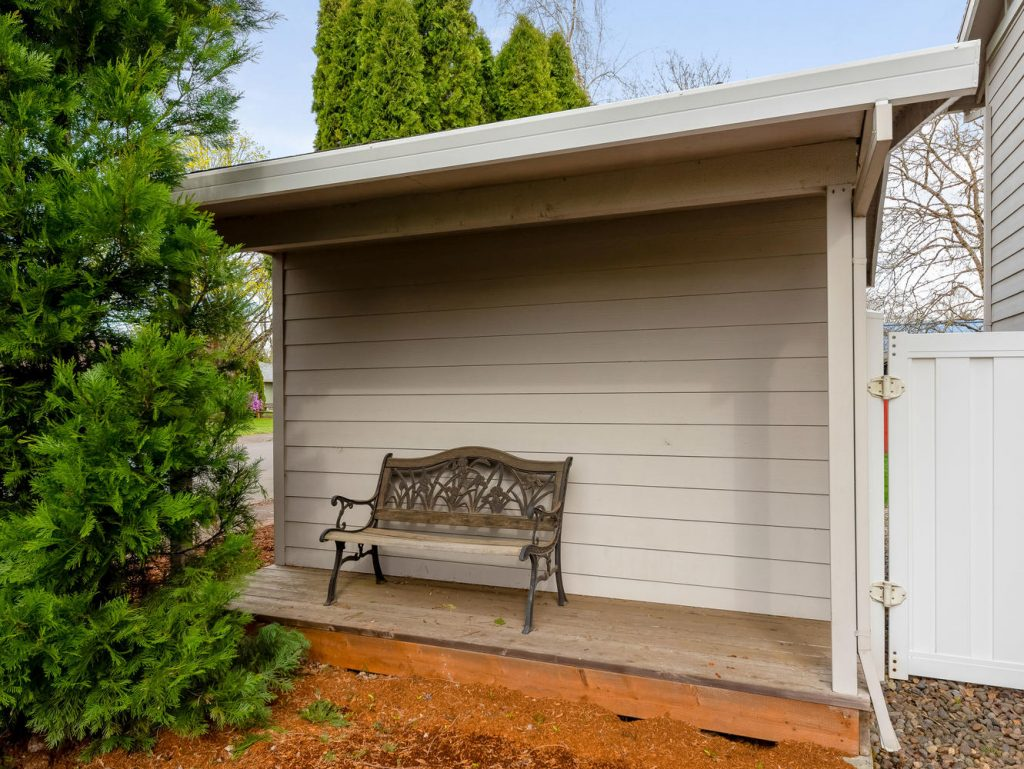 1672 NE 12th Ave Hillsboro OR-large-030-33-Storage-1331x1000-72dpi