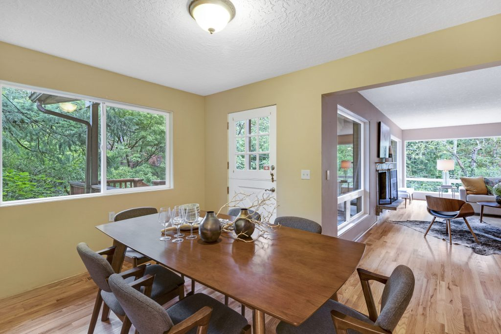 006-3620SW70thAve-Portland-OR-97225-small