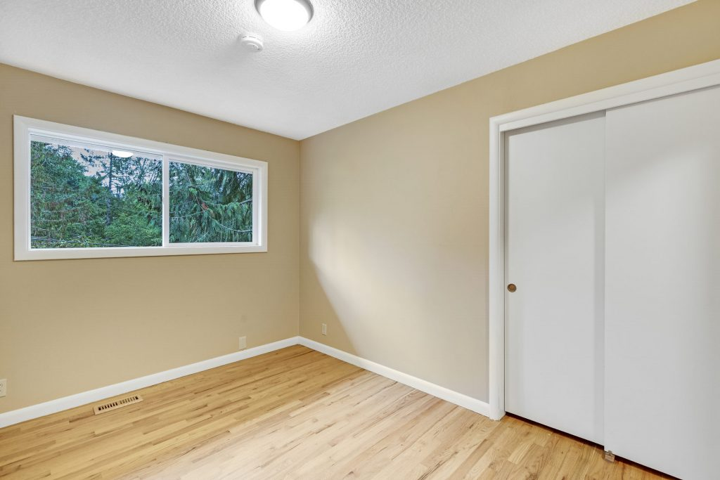 013-3620SW70thAve-Portland-OR-97225-small