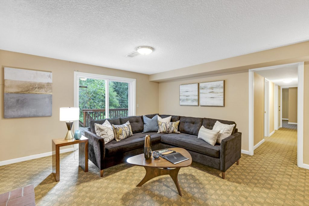 026-3620SW70thAve-Portland-OR-97225-small