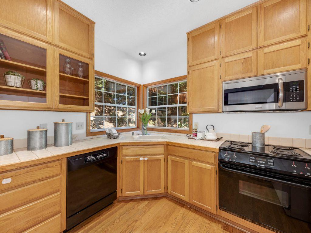 3009 SW Dickinson St Portland-010-038-IMG 8207-MLS_Size