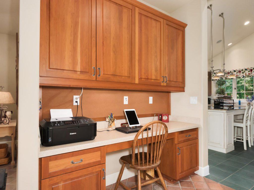 4260 SW Charming Way Portland-019-10-IMG 1250-MLS_Size