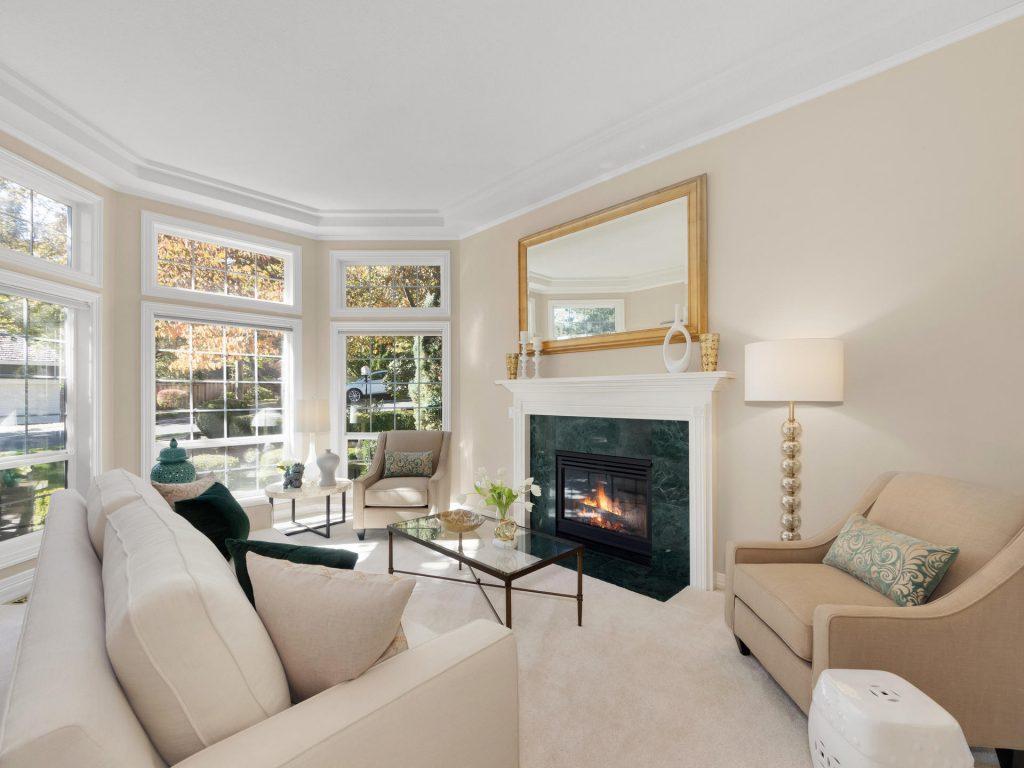 10140 SW Redwing Terrace-002-28-Living Room-MLS_Size