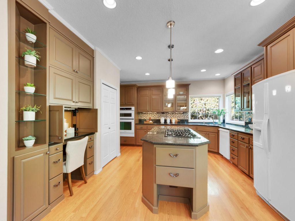 10140 SW Redwing Terrace-006-2-Kitchen-MLS_Size