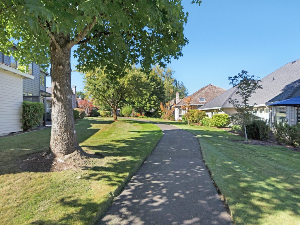 7098 SW Arranmore Way Portland-019-20-IMG 0128-MLS_Size