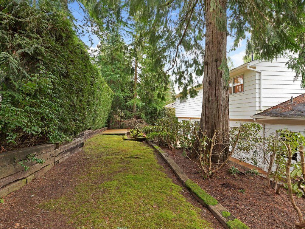6645 SW Preslynn Dr Portland-027-26-IMG 2850-MLS_Size