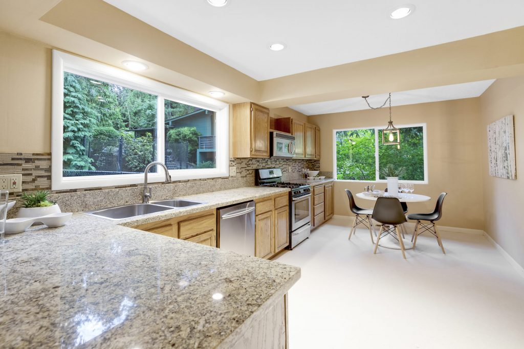 011-3620SW70thAve-Portland-OR-97225-small