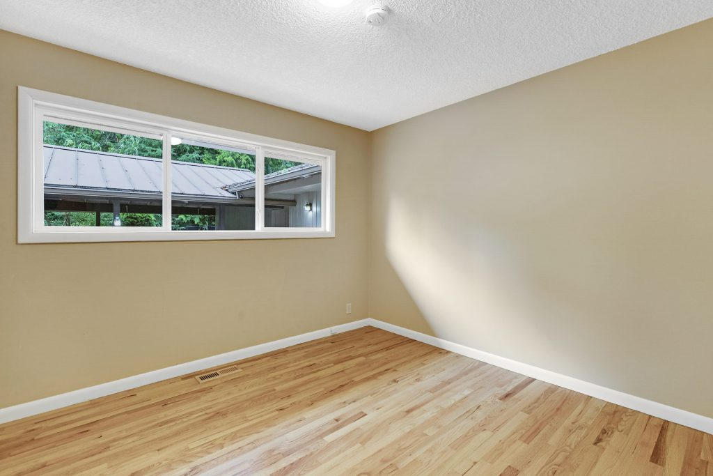 015-3620SW70thAve-Portland-OR-97225-small