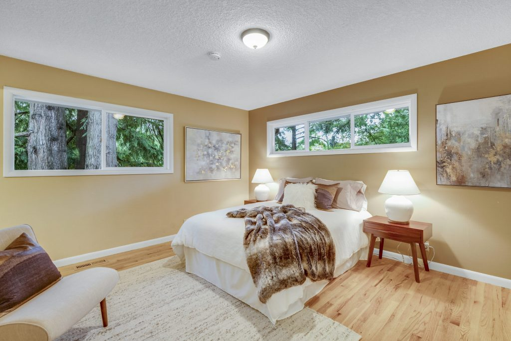 017-3620SW70thAve-Portland-OR-97225-small