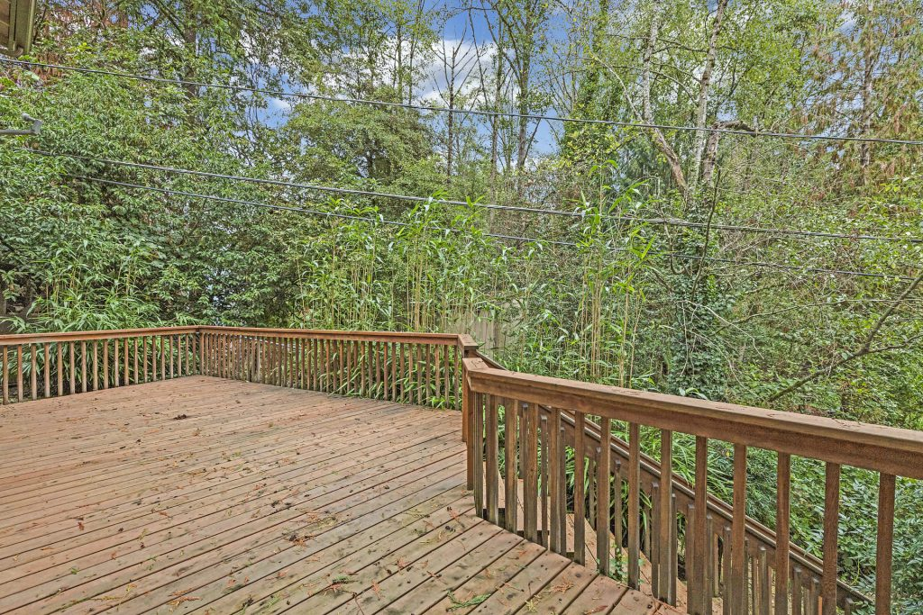 041-3620SW70thAve-Portland-OR-97225-small